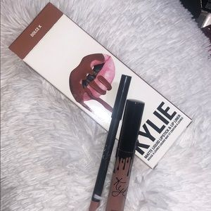 Kylie Cosmetics Lip Kit in the shade: DOLCE K